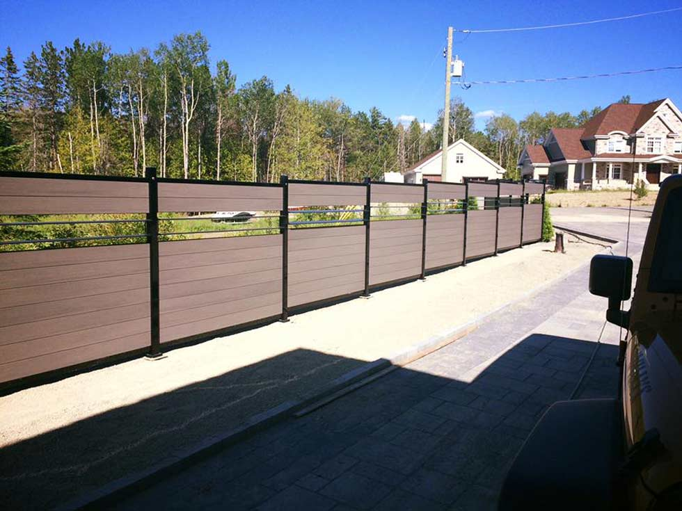 composite+fencing+montreal