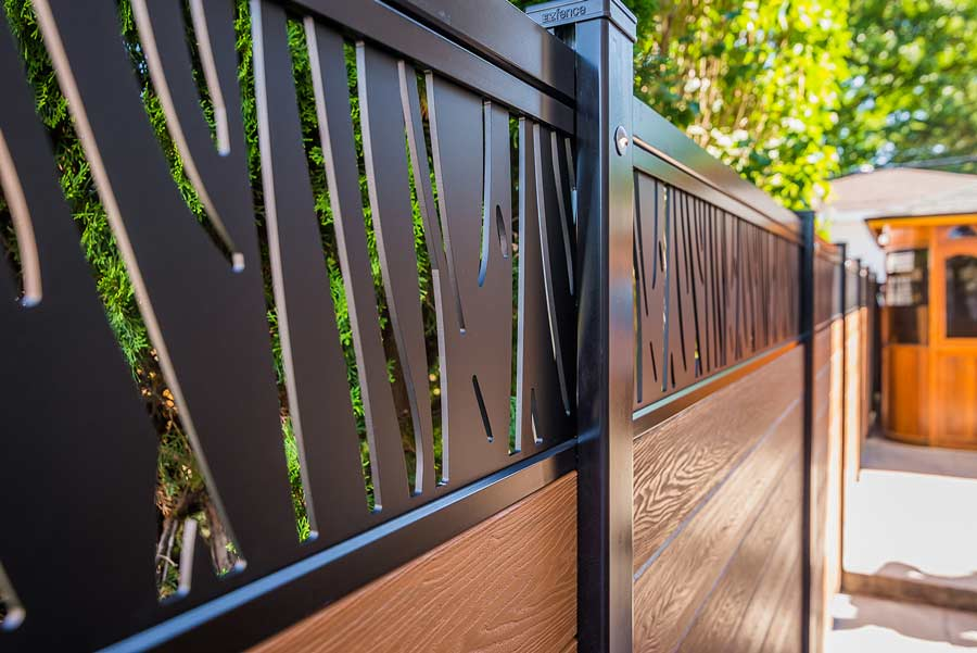 Composite fence Ezfence Elite | Best Composite fence in