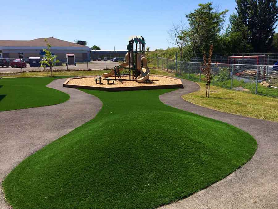 Playground system artificial grass largest distributor in canada sgc - Leroy merlin boe ...