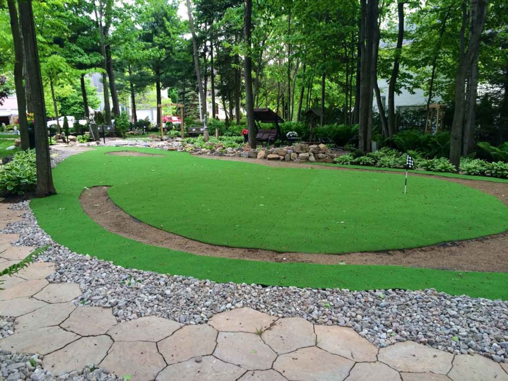 How To Make A Putting Green In Your Yard With Real Grass |Putting Green Grass