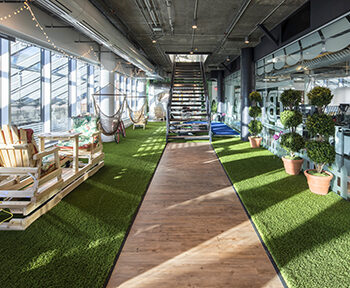 artificial+grass+office+design