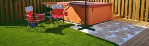 Artificial grass - elevated pool - spa - hot tub
