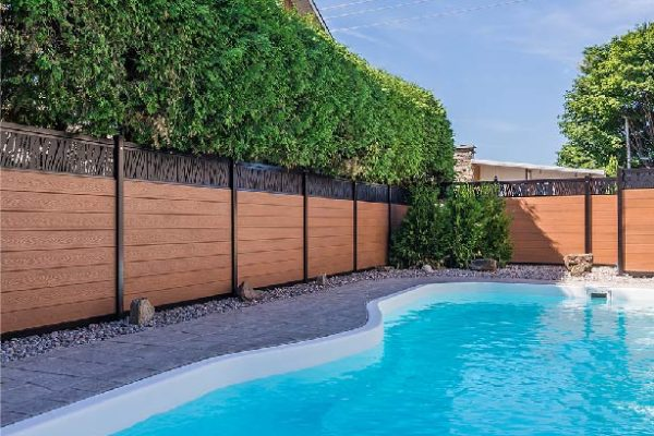 bottom-section-fence-pool-privacy