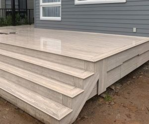 Ezdeck-Premium-PVC-boards-building-deck-outdoor-resistant-water-mold-vanilla-colour-quebec-montreal